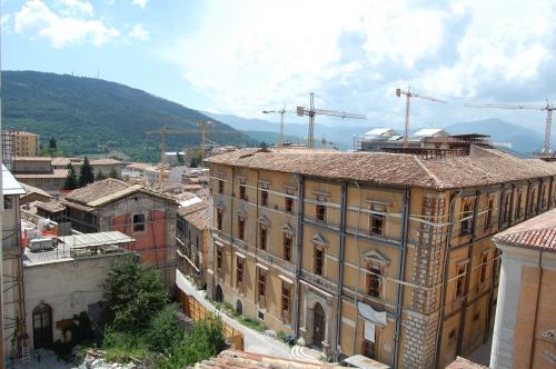 L'imbocco di Via Roma visto dall'alto