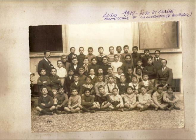 Anno 1912, foto di classe elementare di via Gioberti e dintorni. La Nazione