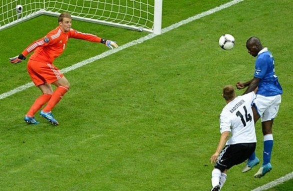 0balotelli-germania-italia-gol-586x382
